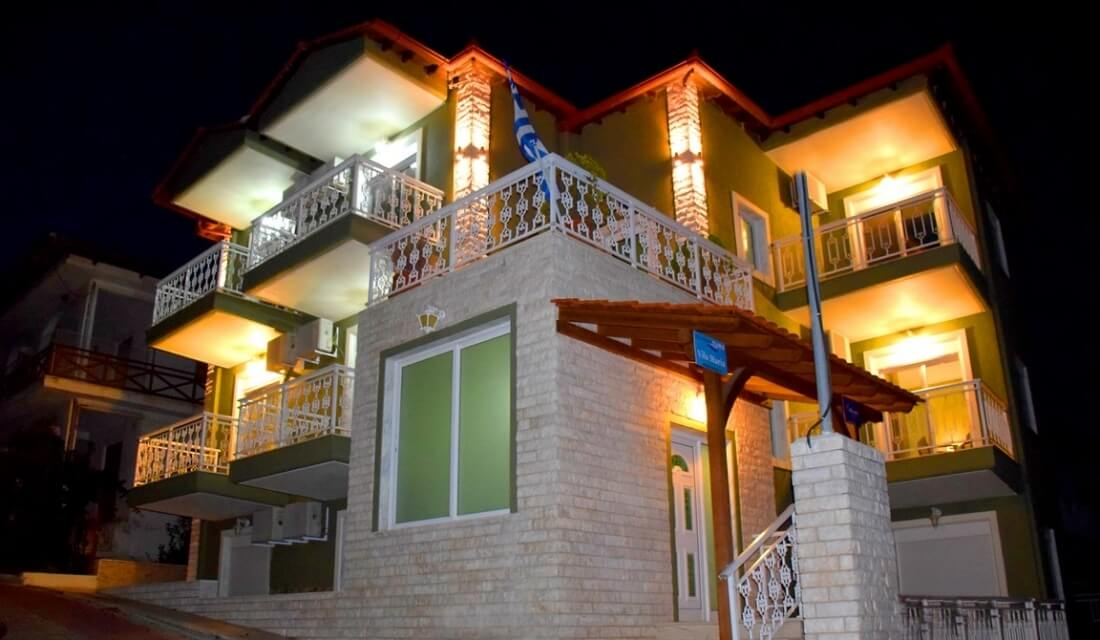 villa-maria-sarti-hotel-room-comfort-night-apartments-studios-chalkidiki